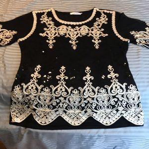 Dressy women's blouse